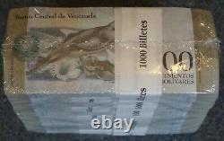 #23037, a, b 10 BUNDLES / 1 BRICK = 1,000 BANKNOTES VENEZUELA, 500 Bolivares