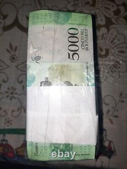 1 Brick De 5 000 Bsf. 1 000 Pièces Banques Bolivares Fuertes Unc Venezuela