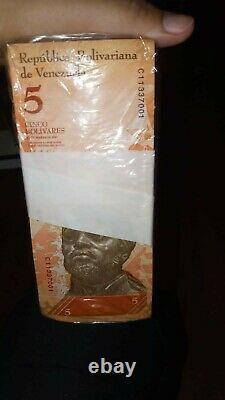 4 Brique 5bsf 1000 Billets Bolivares Fuertes Unc Venezuela Total 4000 Pièces